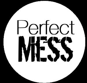 perfectmess_logga_invert